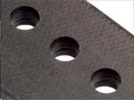 工具形状や工具コーティングの改善で、穴あけ加工でのデラミネーションの発生なし