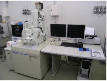 分析機能付き走査電子顕微鏡(日本電子製:JSM-6490LA)