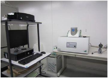 キセノンフラッシュアナライザー(NETZSCH製 LFA447 Nanoflash)