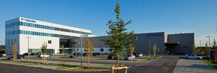 欧州安川 ロボット事業部門新社屋外観