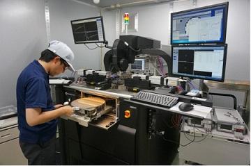 デンソー「300mmウェハー、110GHz対応検査装置」