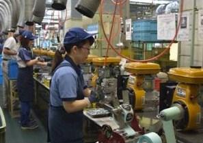 埼玉製作所の生産風景