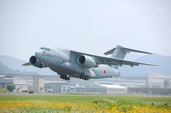 川崎重工業「C-2輸送機」